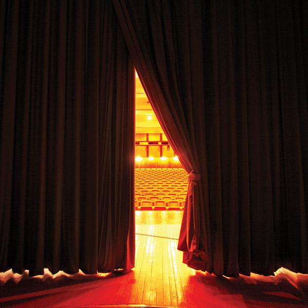 TRICORN_theatre2